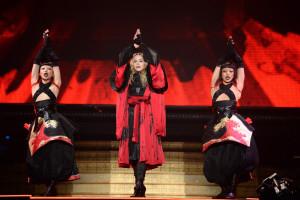 madonna-rebel-heart-tour-opener-montreal-2015-concert-7